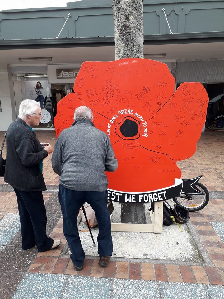 Anzac poppy helps people to reflect and remember