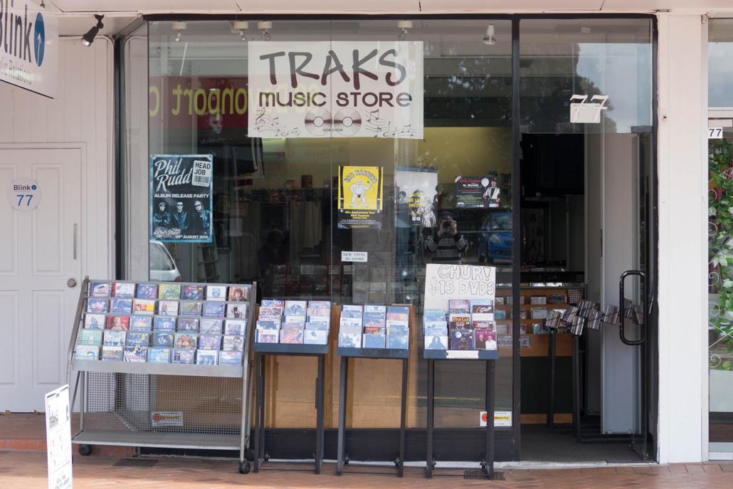 Traks Records