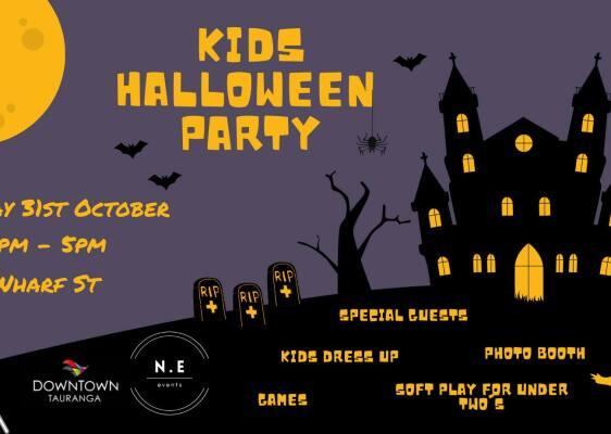 Halloween Party on Wharf Street
